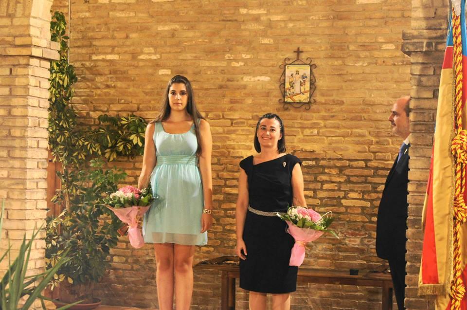 Falleras Mayor saliente Yolanda y entrante Ana